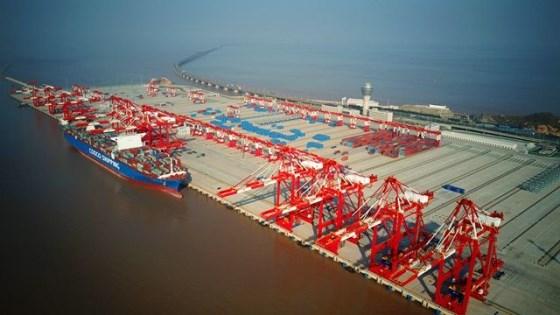 Waigaoqiao shipbuilder delivers its third 20,000 TEU container ship
